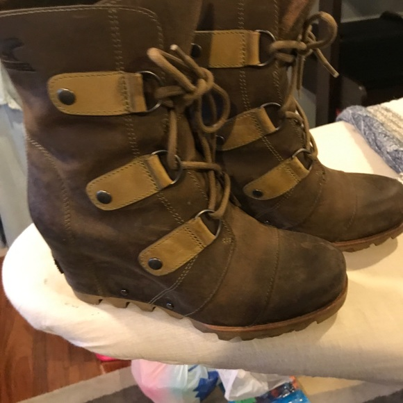 133840133e6d Sorel Joan of Arctic wedge mid in the cafe color. M 5c62ee8c819e9077bddf4d69